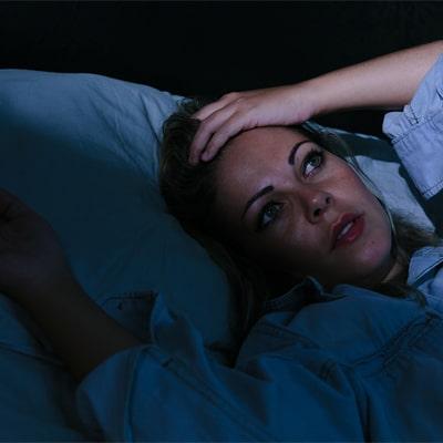 علائم اختلال بیخوابی