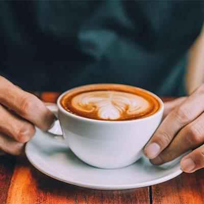 عصرها قهوه بدون کافئین مصرف کنید